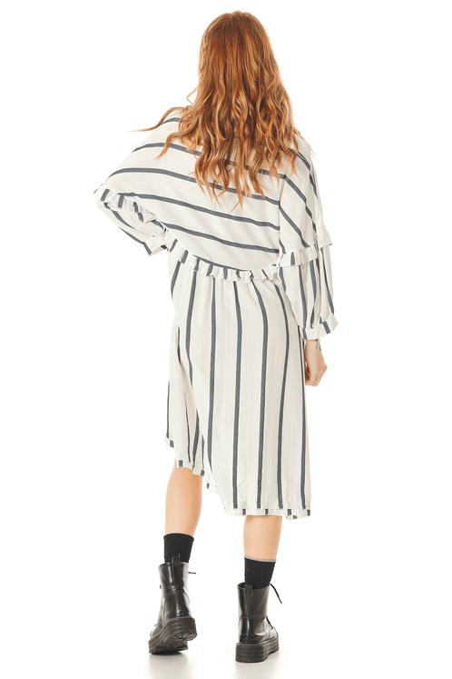 Vestido-Mullet-com-Babados-Branco-Listrado-Yacamim-costas