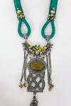 Colar-Artesanal-Macrame-Verde-metal-trancado-yacamim-detalhe--Copia-