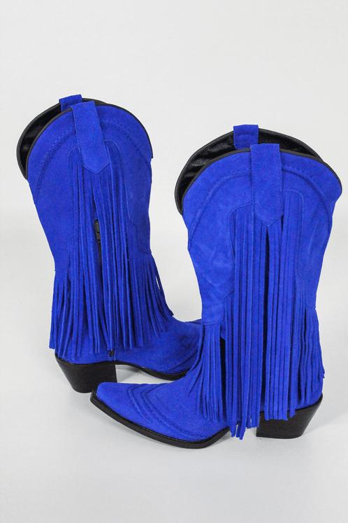 Bota-Franjas-azul-Yacamim-costas