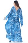 Vestido-Longo-decote-V-azul-yacamim-costas