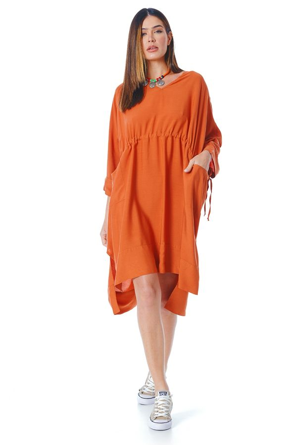 Vestido-curto-com-tunel-laranja-yacamim-frente