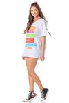 Camiseta-Branca-Frases-Yacamim-pose