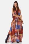 vestido-Longo-estampado-yacamim-pose