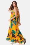 Vestido-Longo-amarelo-costas-yacamim