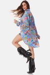 Camisa-com-Bolso-Azul-Floral-Yacamim-Costas