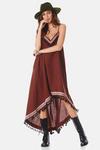 Vestido-Mullet-Yacamim-pose