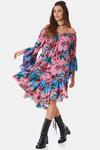 Vestido-Curto-Ciganinha-Yacamim-Pose